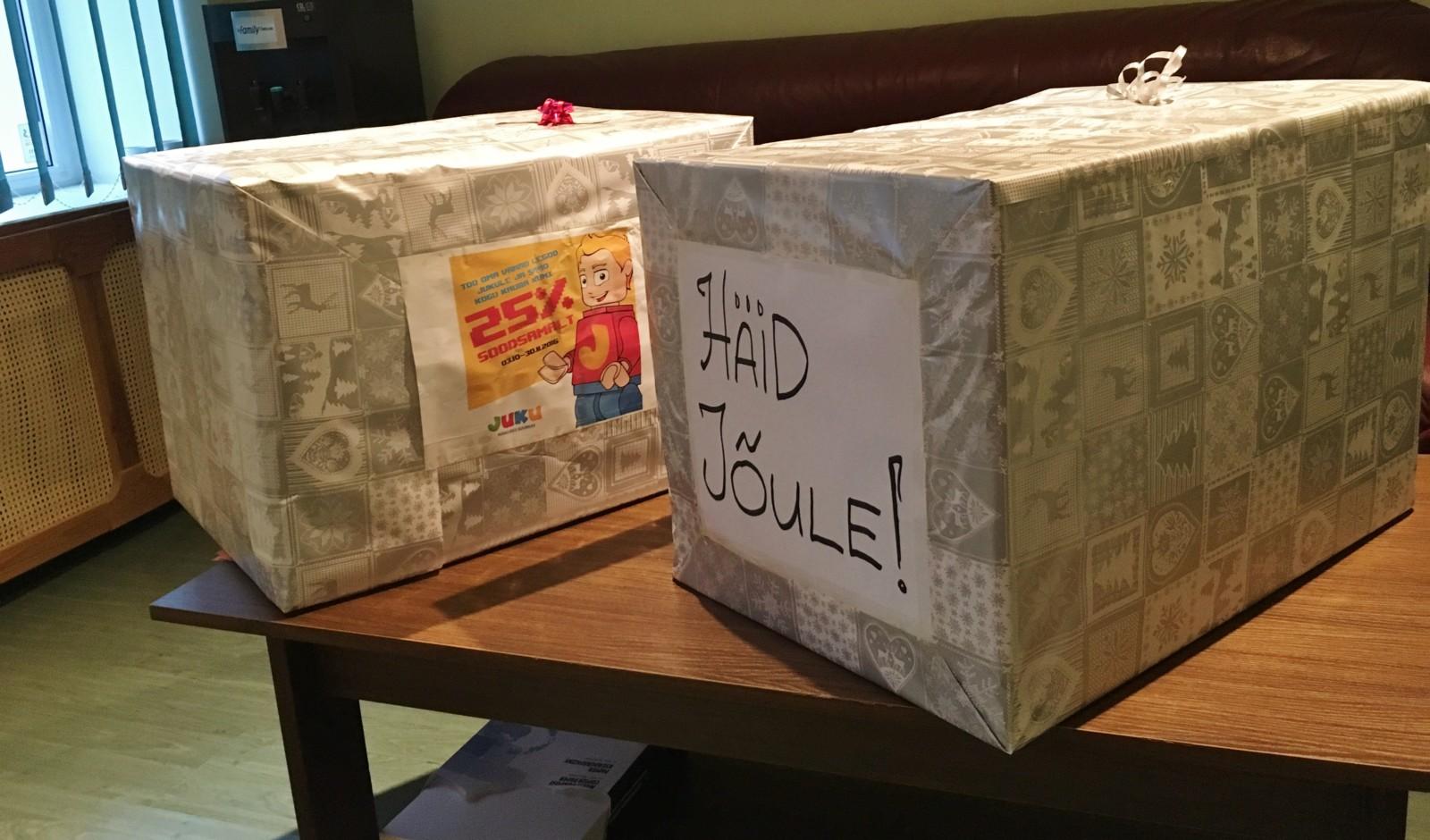 0d973b90599 Lihula lasteaed sai Juku Mänguasjakeskuselt kaks suurt kastitäit ...